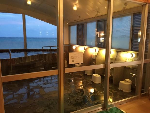 イーフビーチホテルの海洋深層水風呂