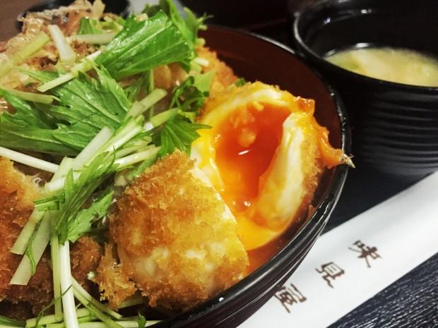 鯖江の味見屋さんの醤油カツ丼