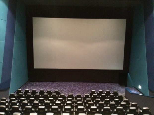 映画館で違法に録画された